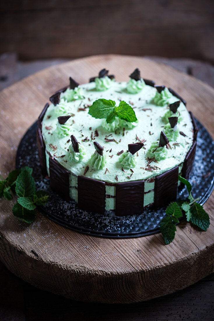 Vegan chocolate and peppermint cake