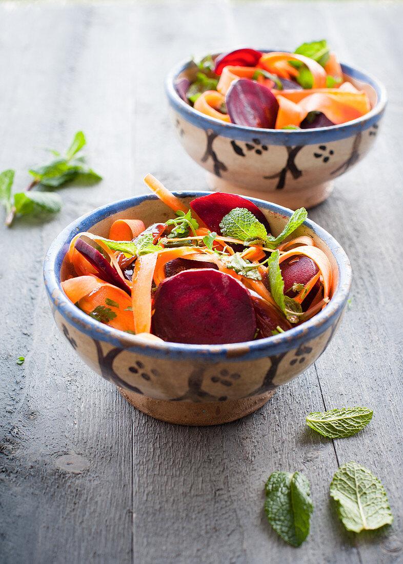 Möhren-Rote-Bete-Salat mit Minze (Marokko)