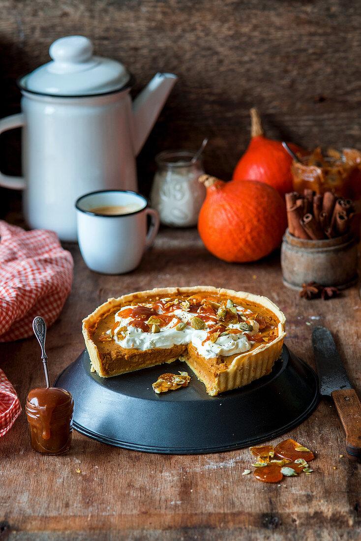 Pumpkin and caramel pie, sliced