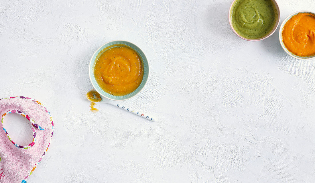 Puréed vegetables, courgette and oat purée, and mashed peppers and sweet potato
