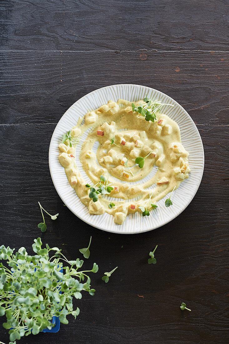 Apfel-Curry-Dip mit Kresse