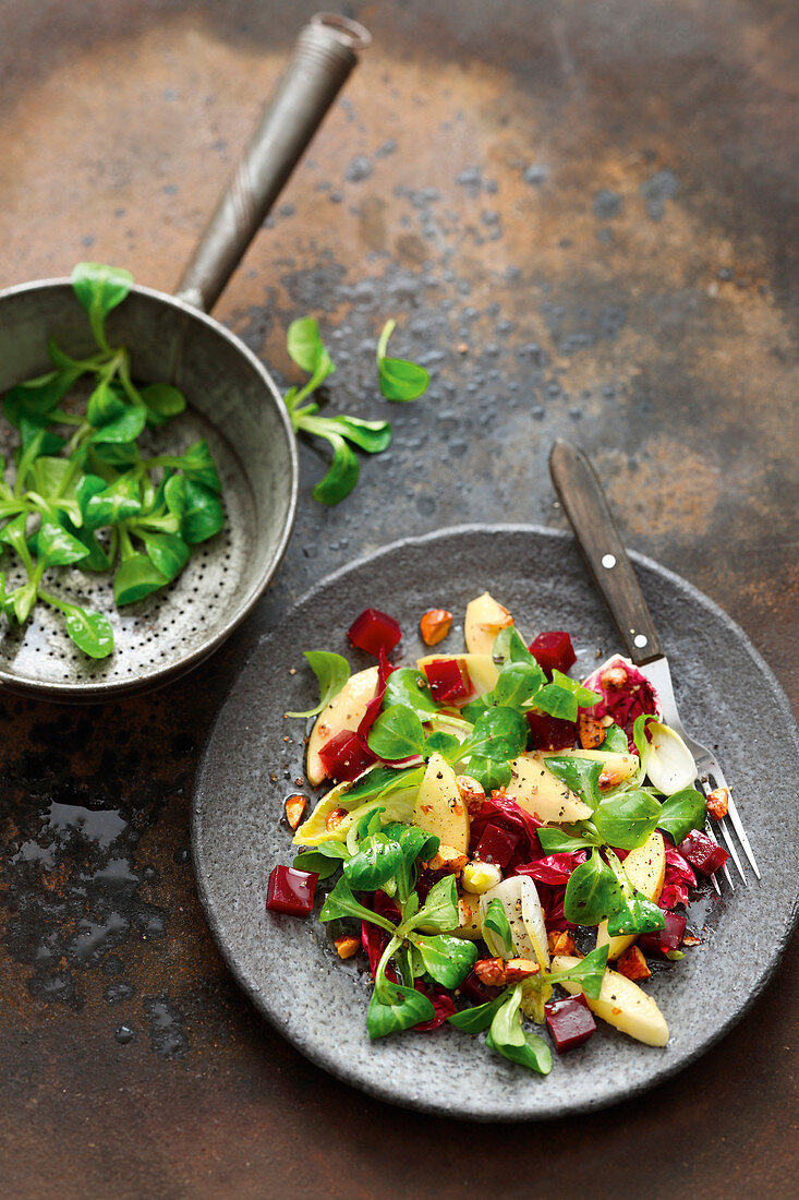 Grilled beetroot and apple salad with an almond vinaigrette