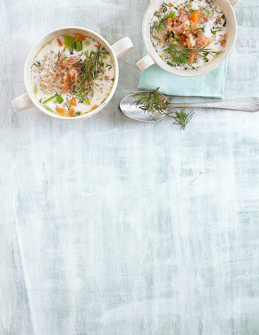 Spelt soup with smoked salmon and dill