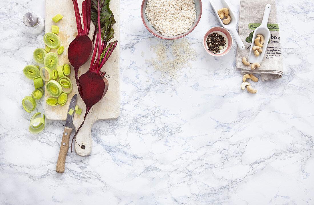 Healthy ingredients: beetroot, leek rings, cashews and rice