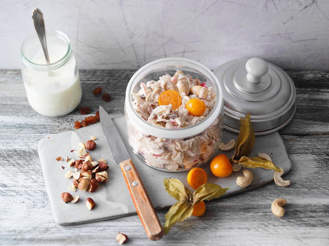 Overnight oats with apple, physalis and cinnamon