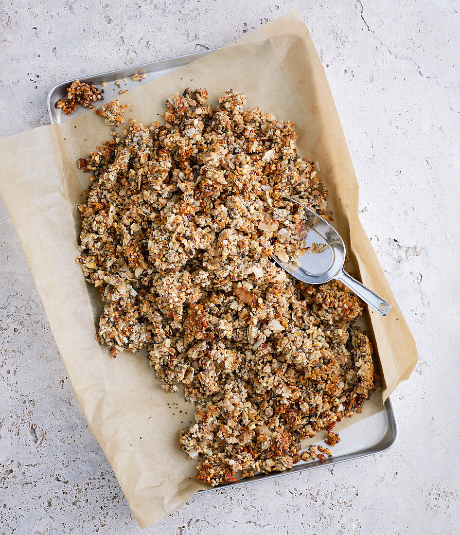Nut granola with chia seeds