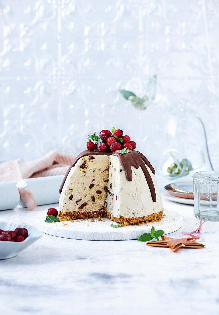 Frozen christmas cheesecake pudding