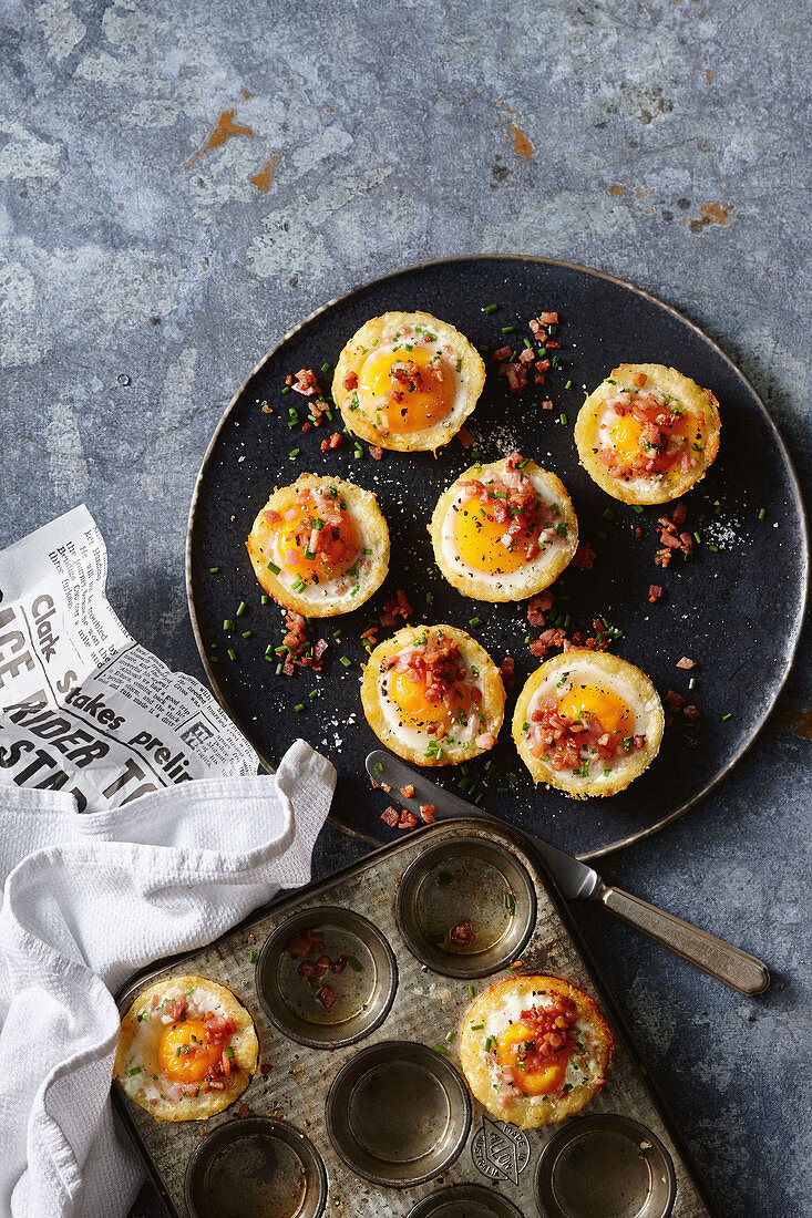 Breakfast hash brown and egg cups