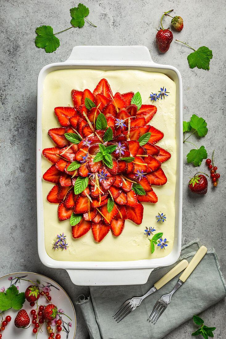 Strawberry and lemon tiramisu