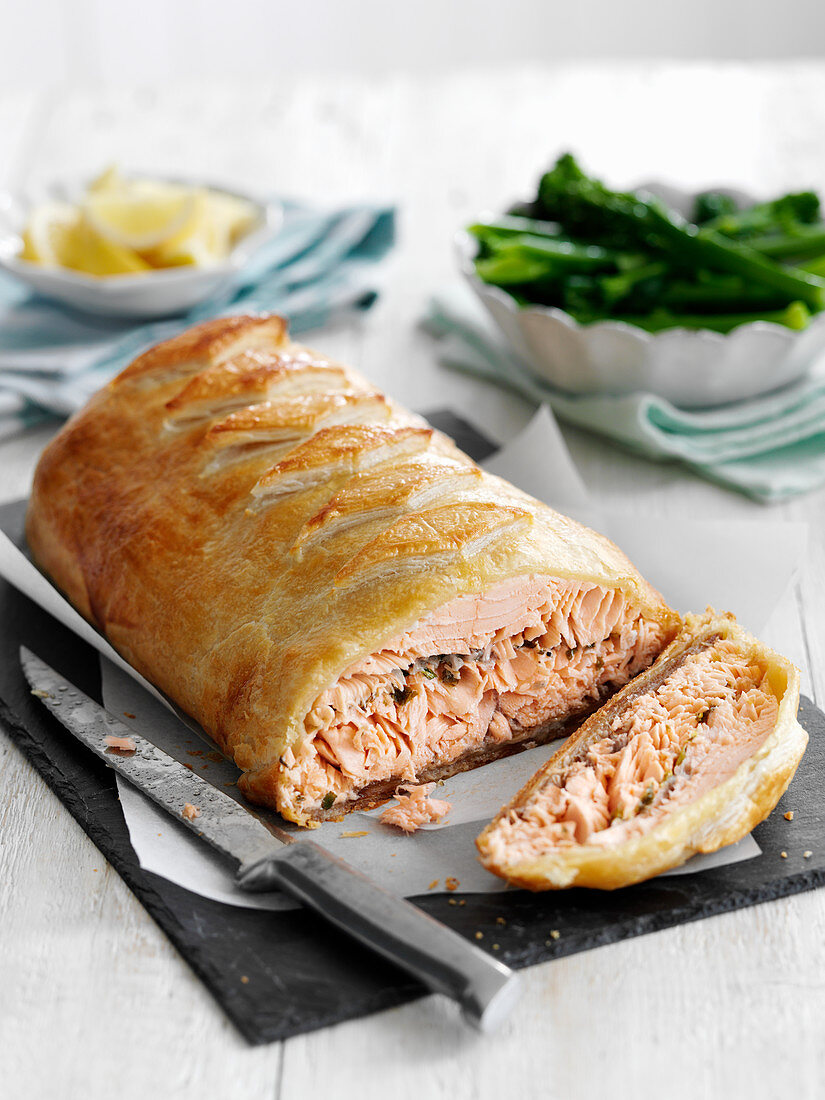 Salmon in batter, sliced