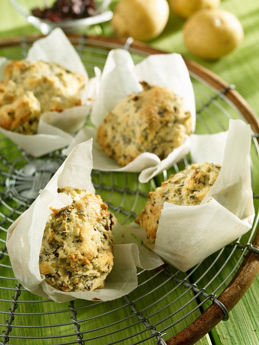 Potato muffins with algae