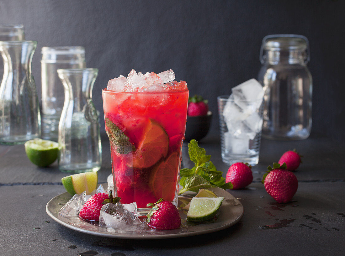 Strawberry Mojito with Ice, Limes, and Mint