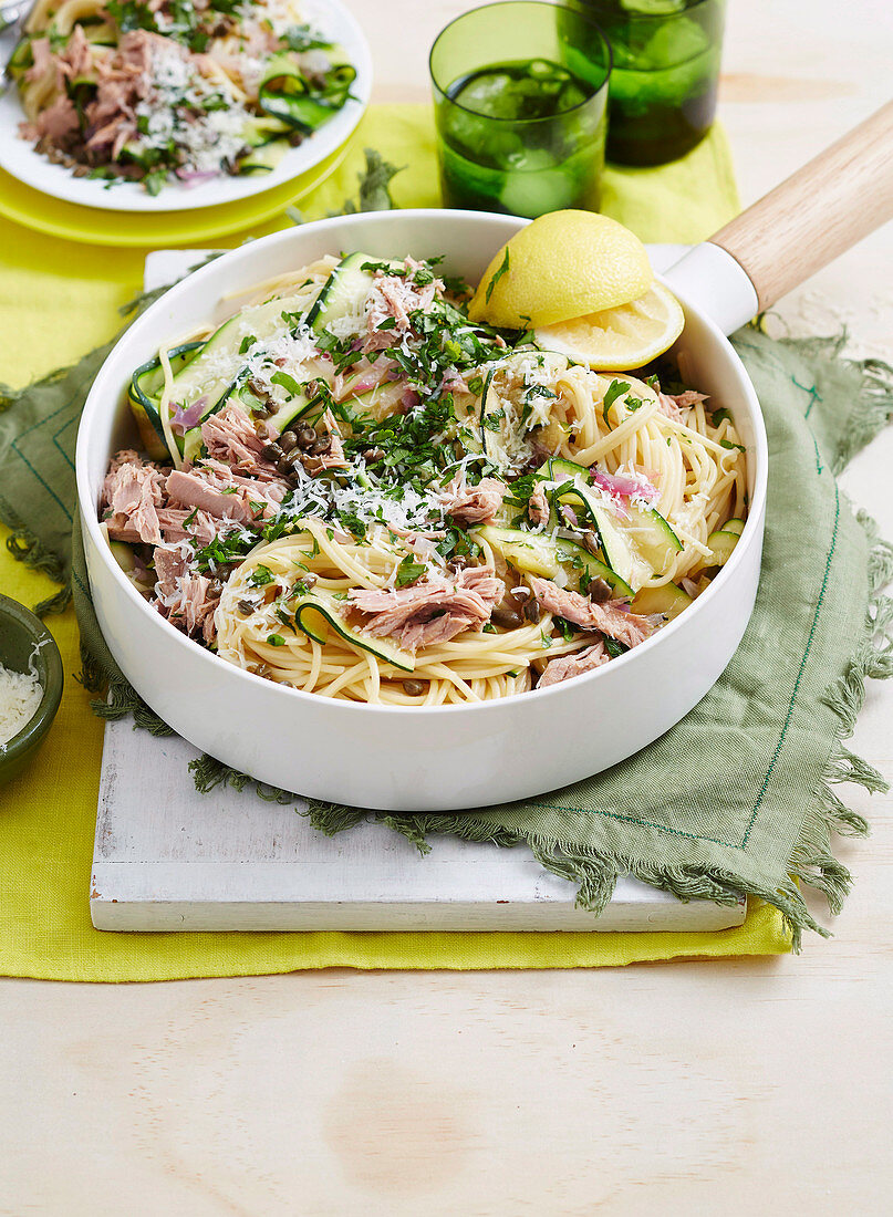 Tuna, Zucchini and Parsley Pasta