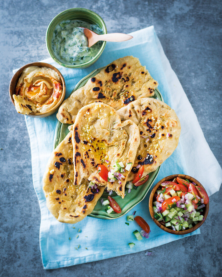 Naan with fennel seeds and spreads