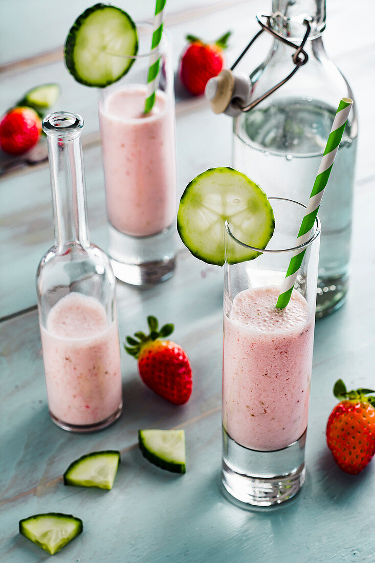 Strawberry-cucumber lassi spiced with cardamon