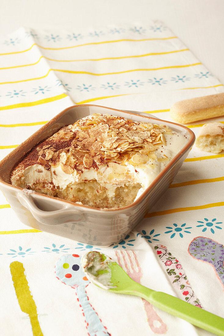 Eggless apple tiramisu for children