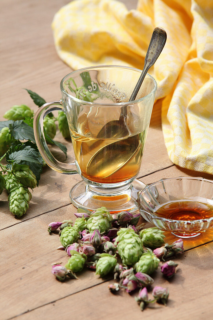 Hops tea (for the menopause)