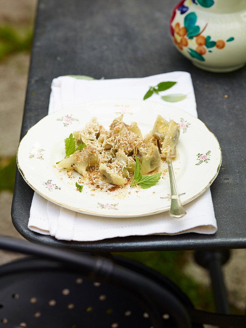 Cjarsons mit Kräutern (Teigtäschchen, Karnien, Julisch-Venetien, Italien)