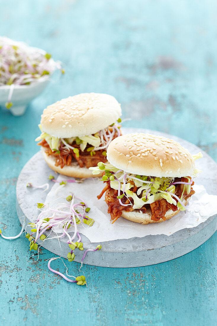 Vegan burger with Jackfruit