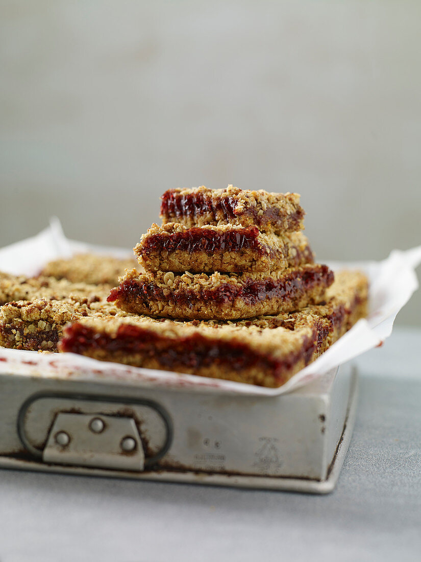 Spelt and Oat Bread with Jam