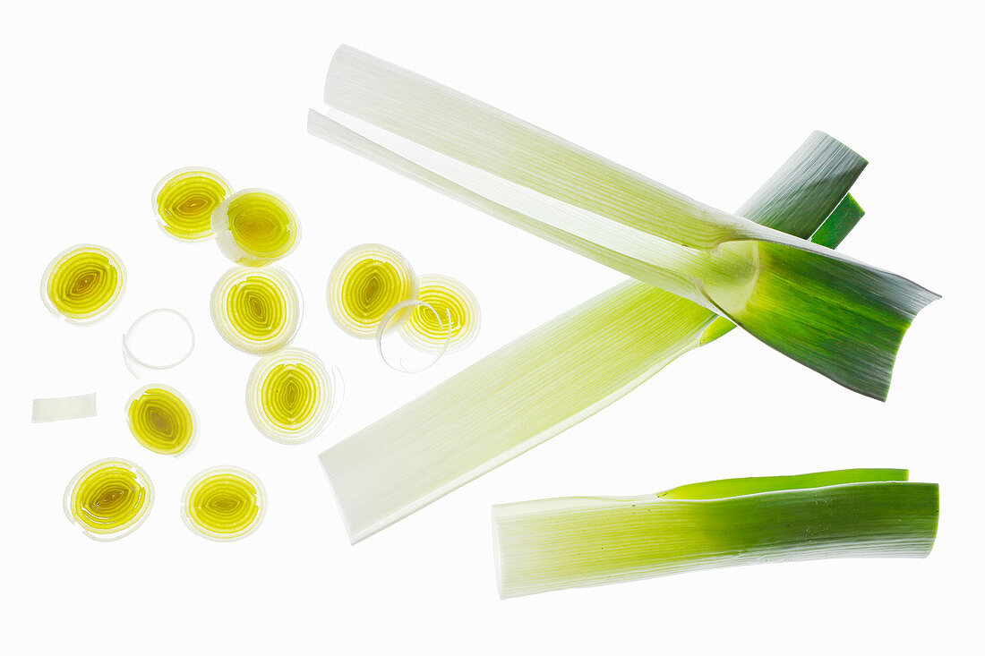 Leek, outer leaves and slices lit from behind (seen from above)
