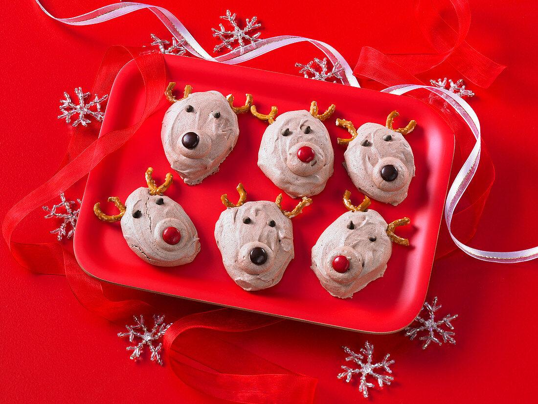 Chocolate meringue reindeer cookies for Christmas
