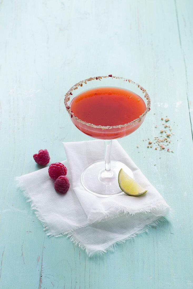 Mango margarita with raspberries (alcohol-free)
