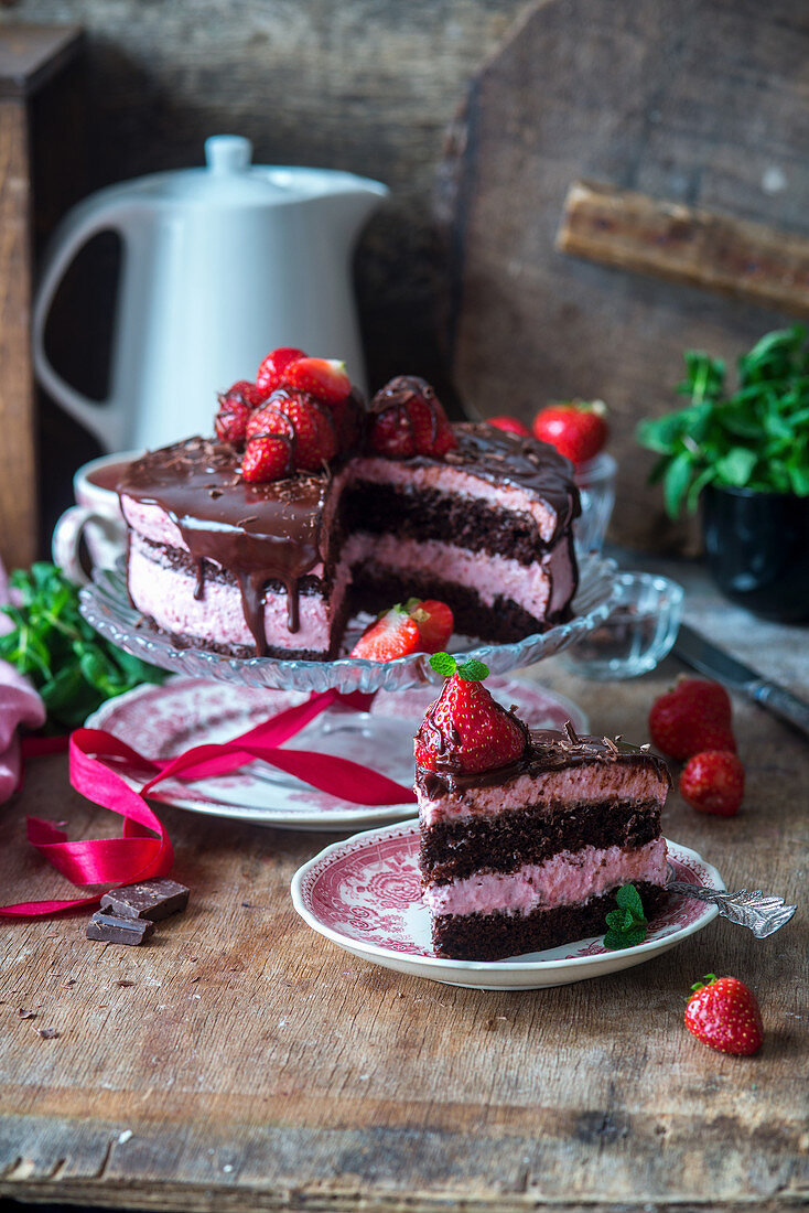 Strawberry mousse chocolate cake