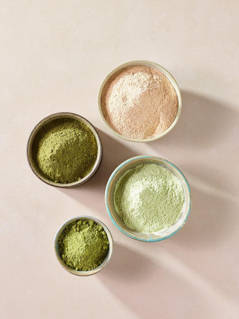 Pumpkin seed flour, pea flour, moringa powder and red lentil flour