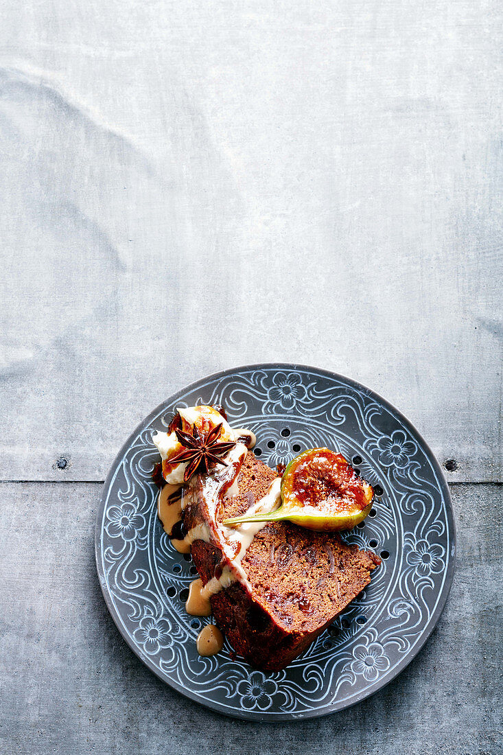 Steamed fig, whisky and Earl Grey pudding with chai custard