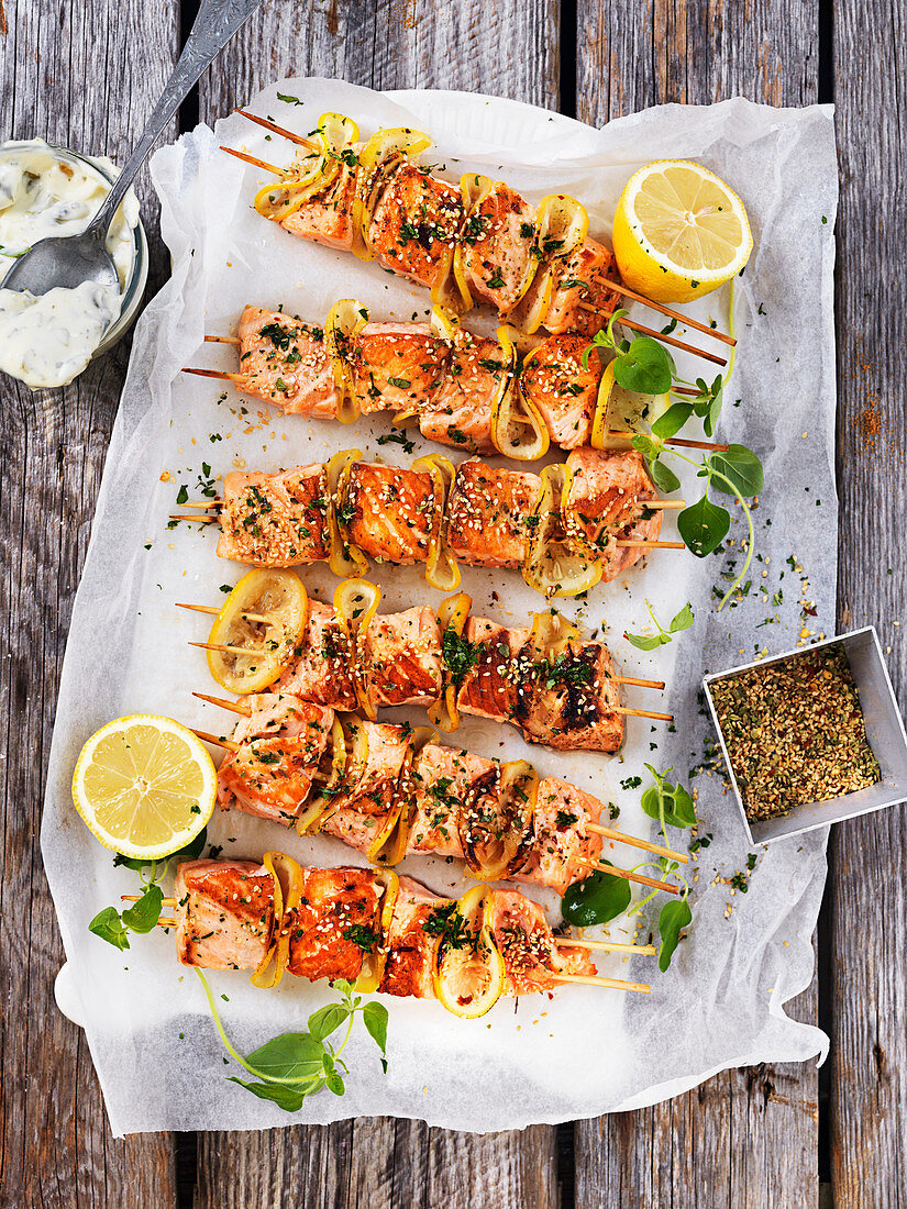 Grilled salmon skewers with oregano and tzatziki