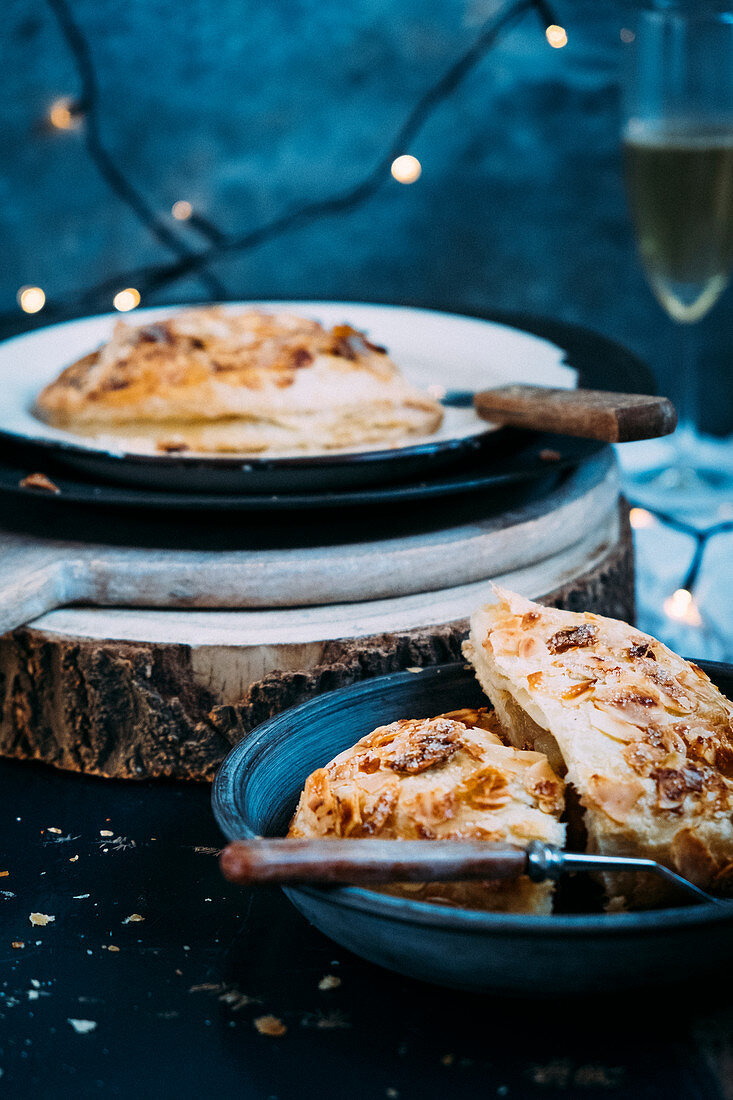Apple turnovers served with champagne