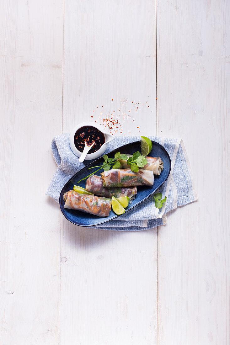 Summer rolls with shiitake mushrooms and bamboo
