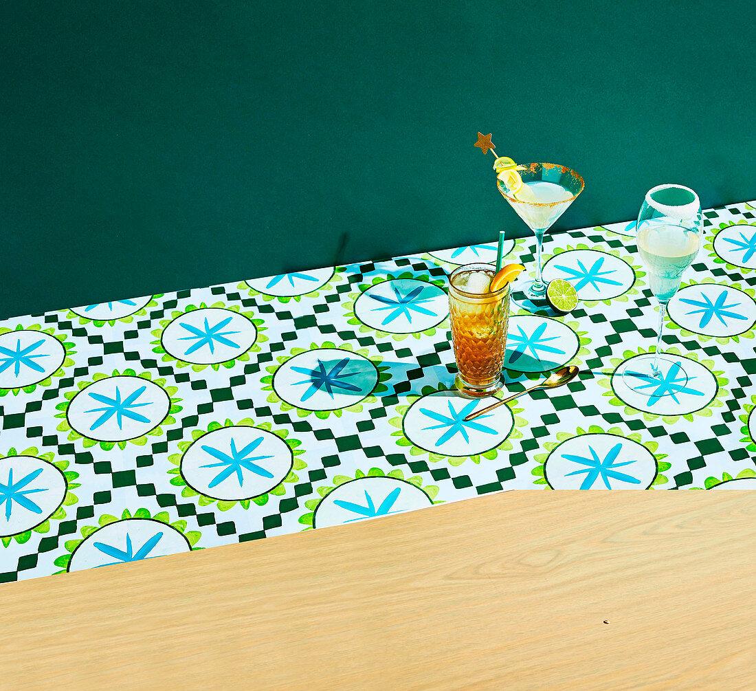 Cocktails: Long Island Iced Tea, Limoncello Martini, Sparling Lemon Cocktails