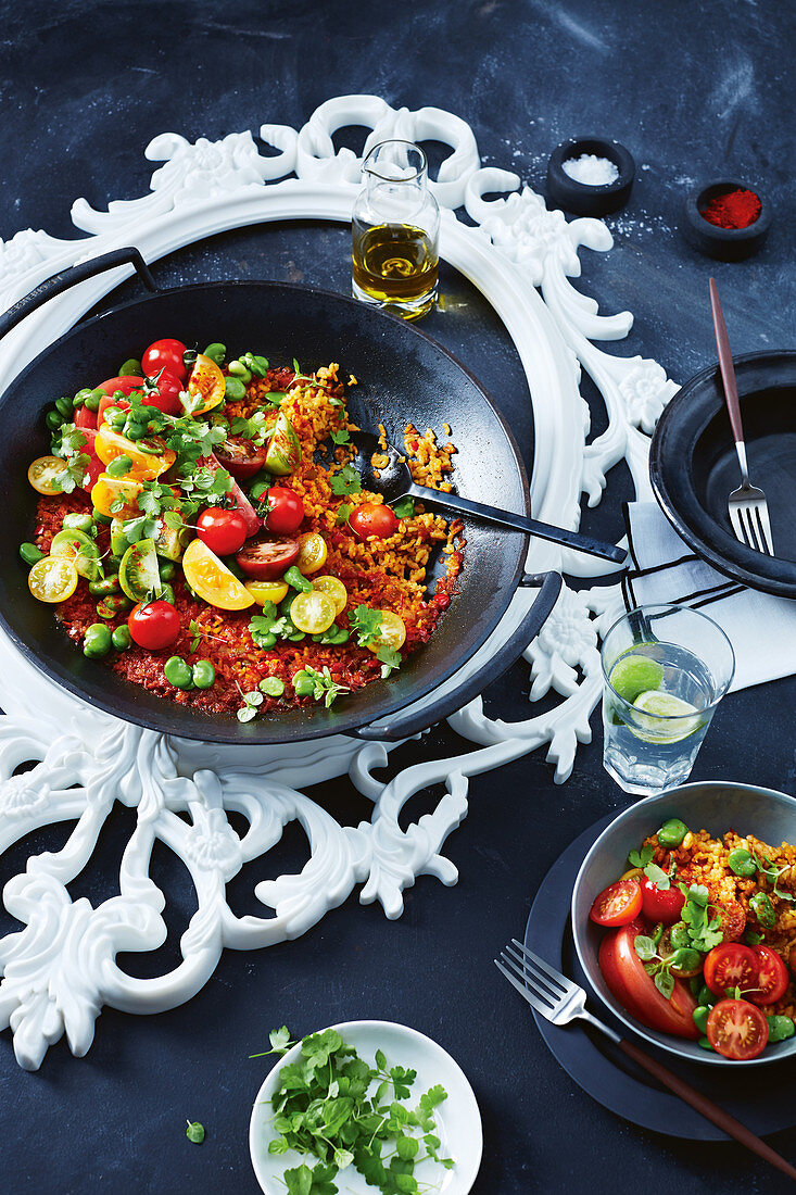 Summer tomato Paella (vegan)