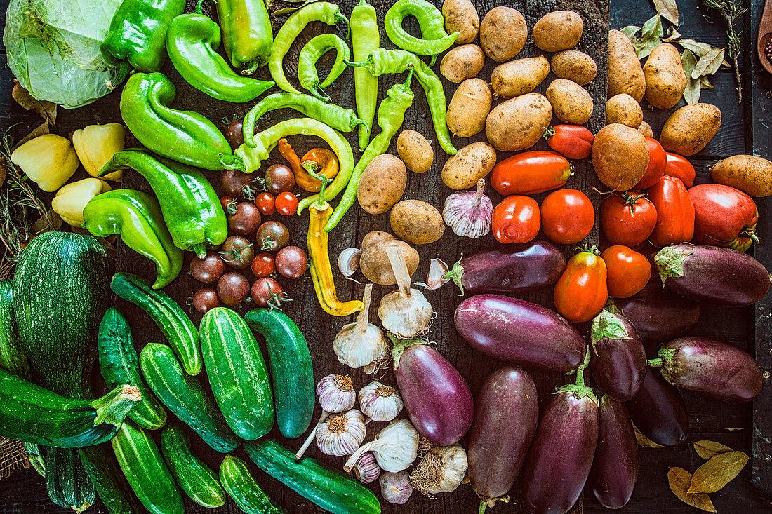 Colourful vegetables (full frame)