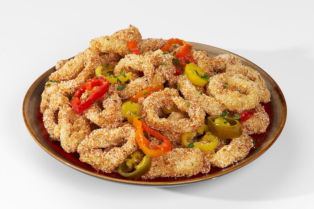 Breaded squid rings with peppers