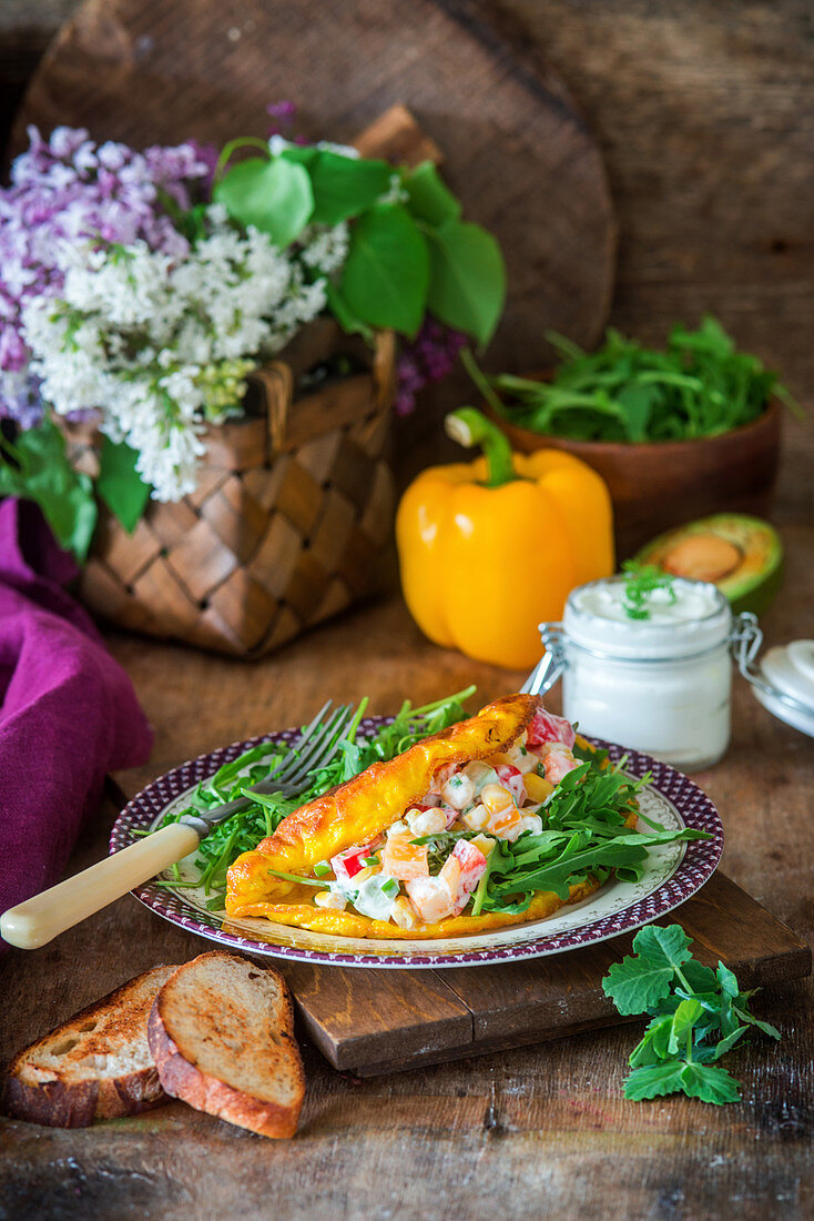 Omelette with vegetable salad