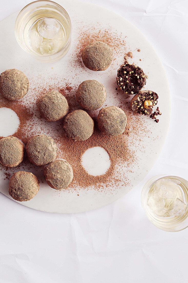Protein balls with hazelnuts (vegan)