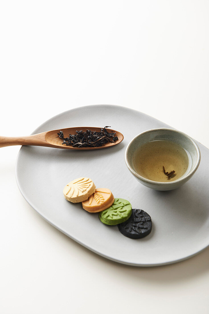 Dasik (pattern-pressed candy from Korea)