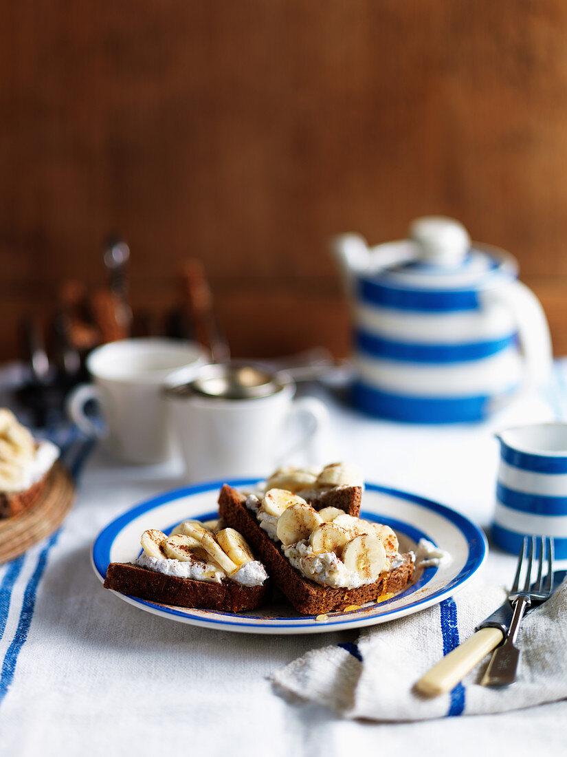 Banana toast with cream and cinnamon for tea