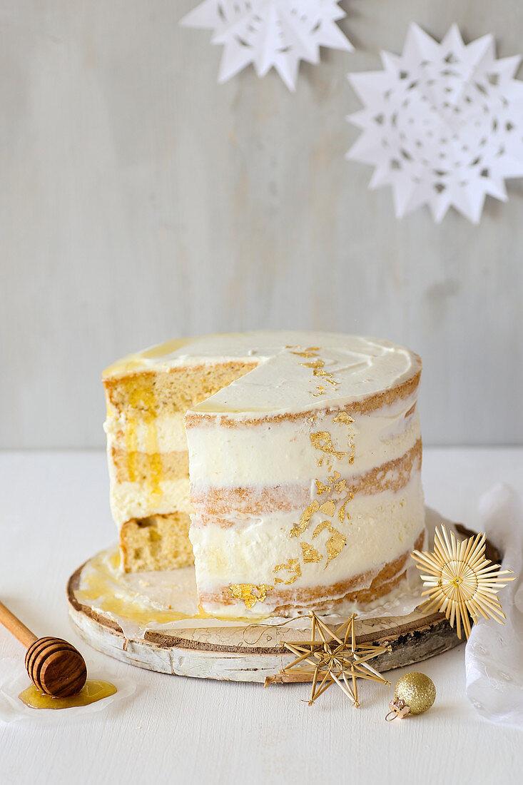 Honey and ricotta cake for Christmas