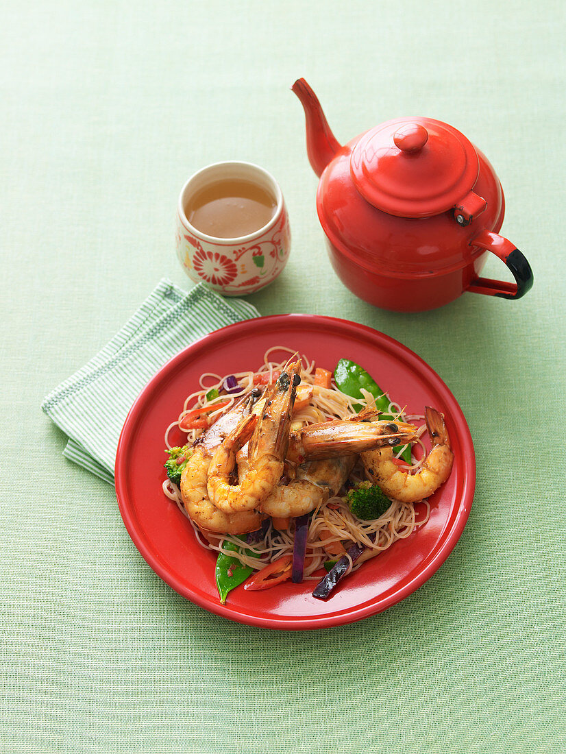 Stir-fried chilli prawns with vermicelli noodles