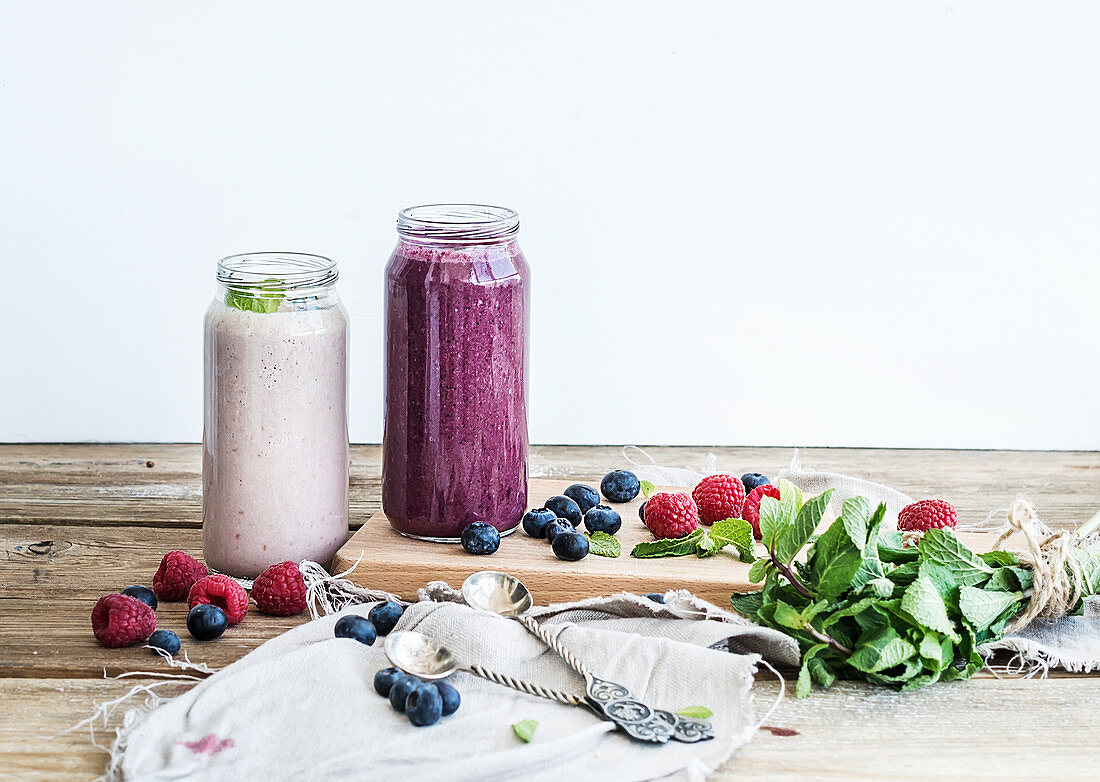 Fresh healthy smoothie with blueberries and raspberries