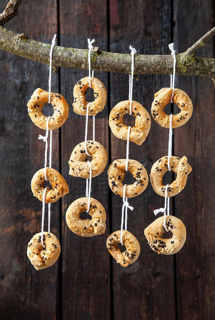 Sesame seasoned rings