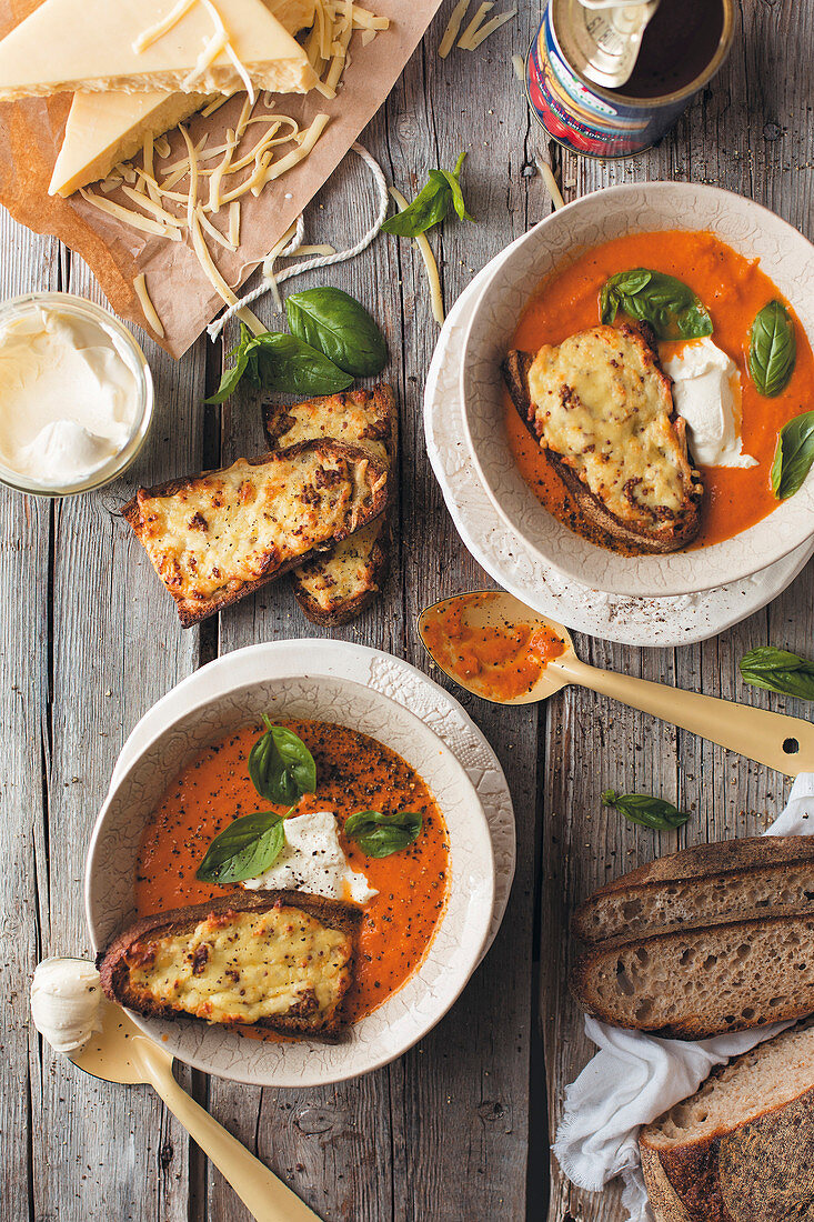 Cream of tomato soup with grilled cheese bread