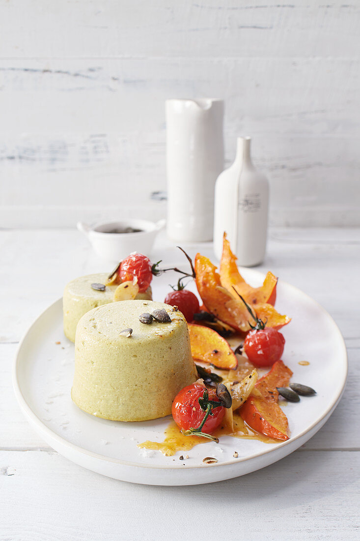 Savoury mini cheesecakes with stewed vegetables