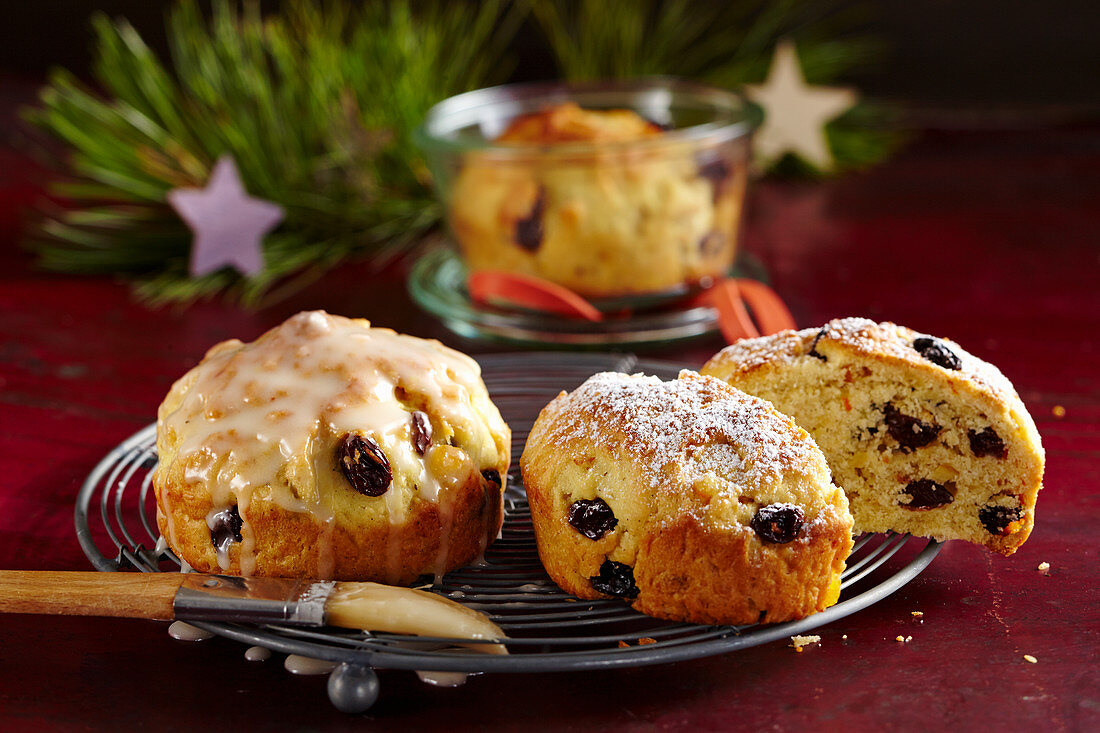 Small round orange stollen with icing baked in jars