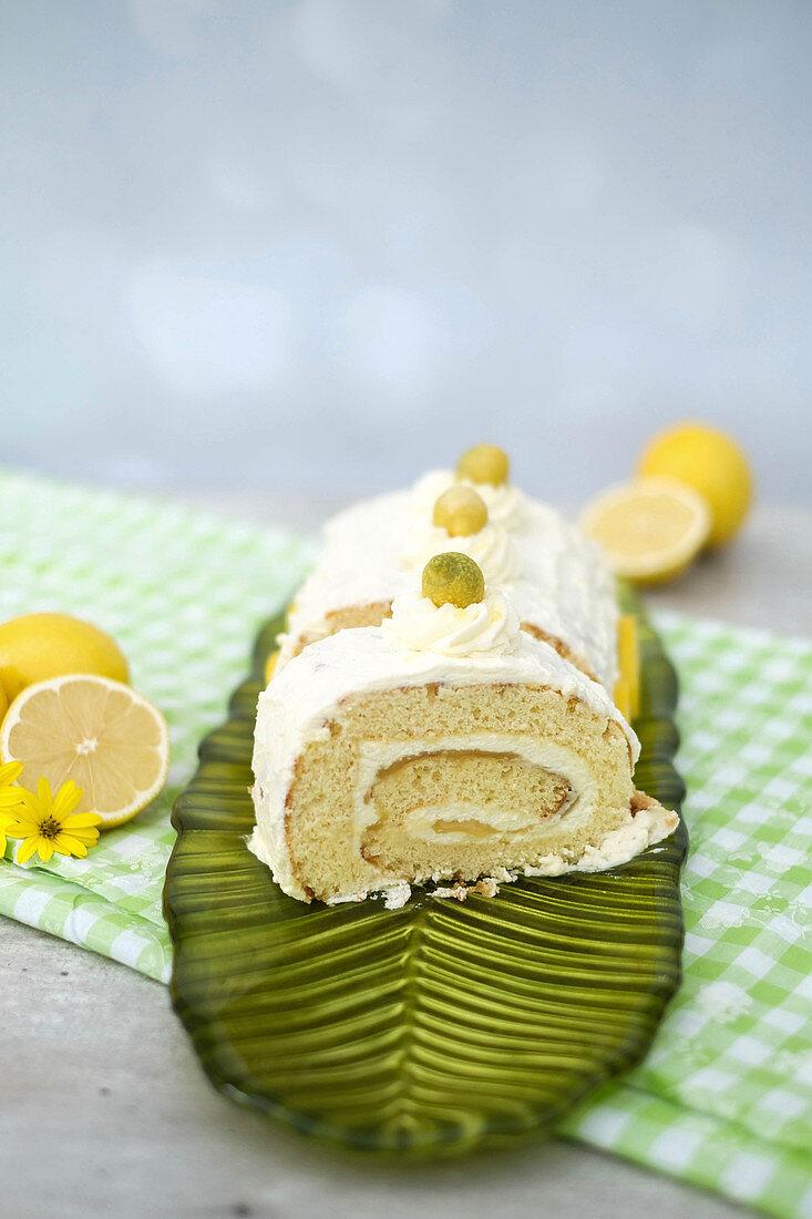 A lemon sponge roll