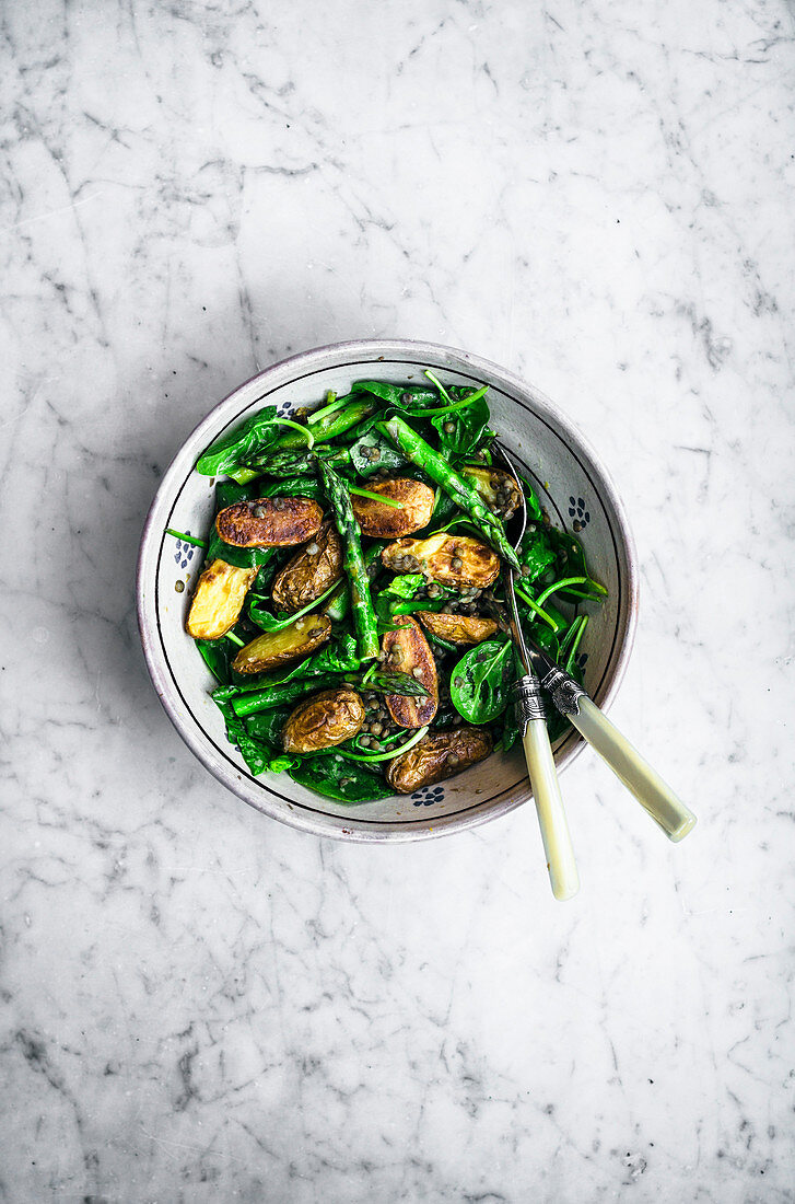 Roasted potato asparagus salad with lentils and spinach